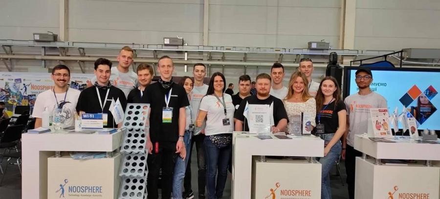 Резиденти Noosphere Engineering School у ЧДТУ та науковці університету взяли участь у V гранд-фіналі Vernadsky Challenge